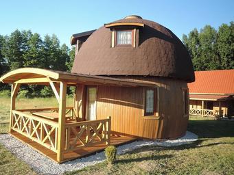 ec6fda05a5109c Drewniane domki letniskowe na Mazurach - Ryn - ruszajwpolske.pl